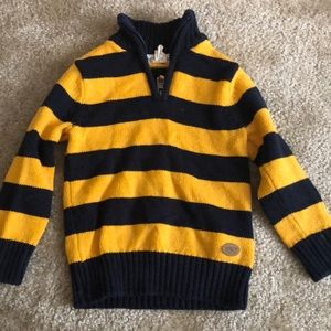 Boys Pull Over Sweater